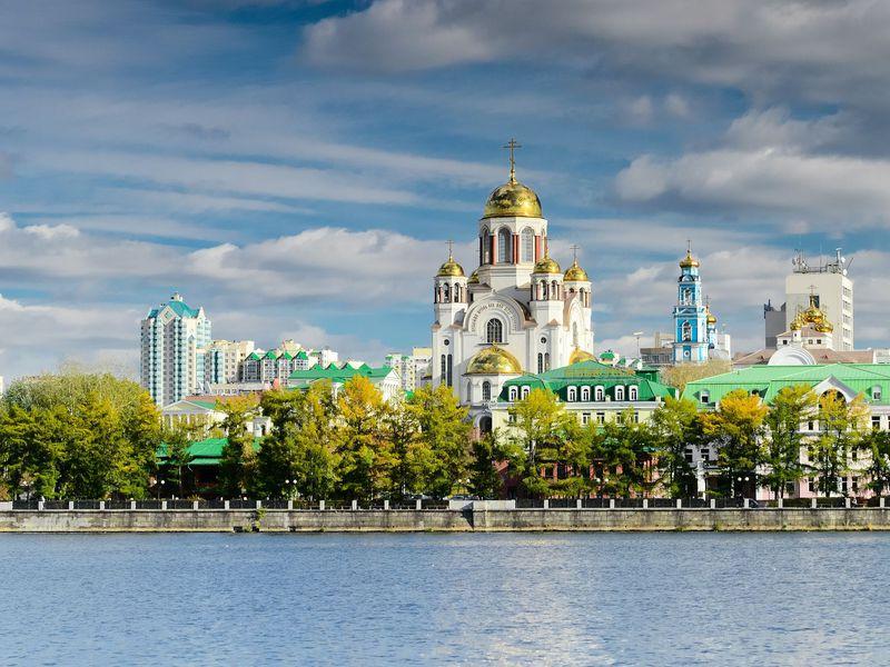 Все грани Екатеринбурга наавтомобиле - экскурсия в Екатеринбурге