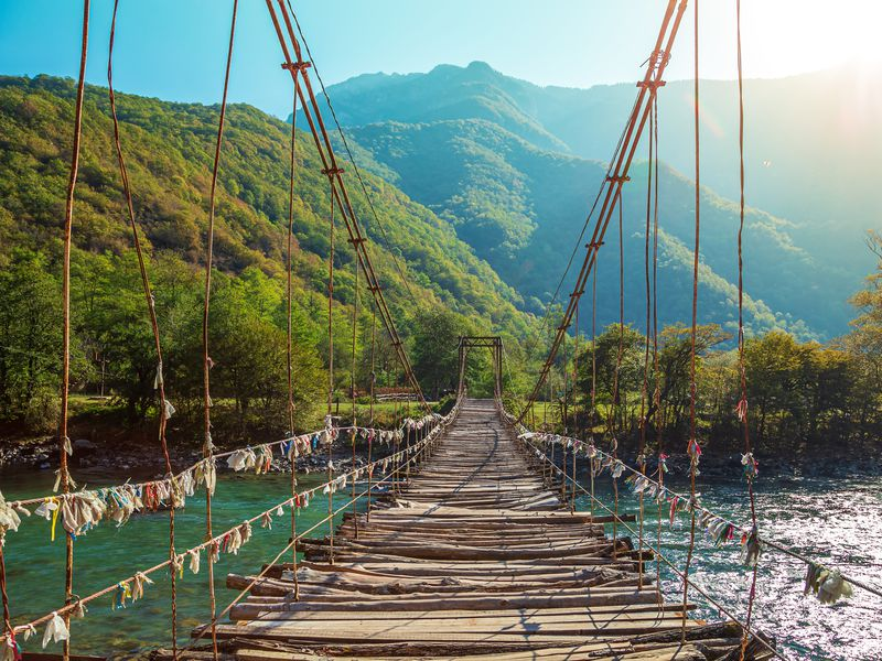 Нетипичная Абхазия - экскурсия в Адлере