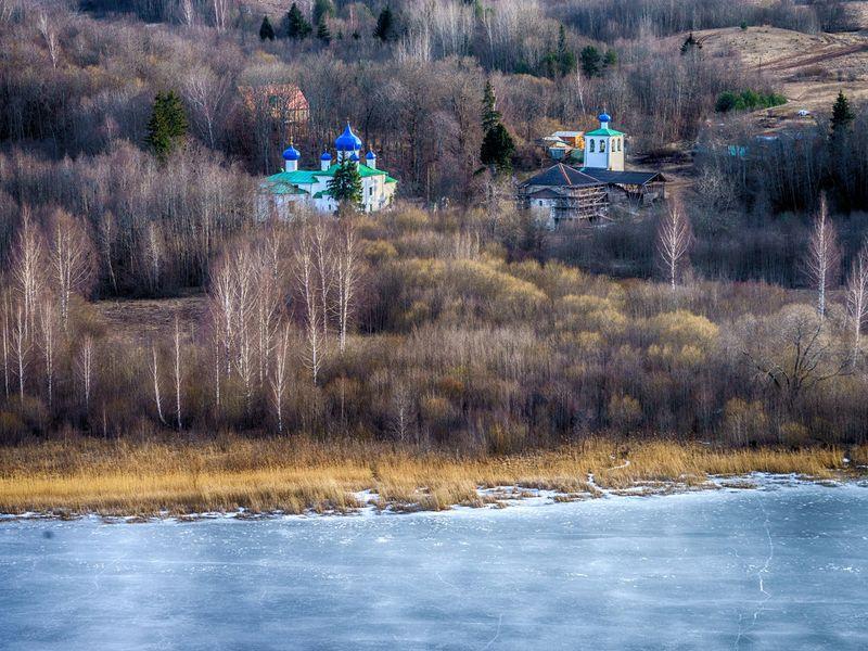 Легендарный монастырь и неоглядные дали в Мальской долине - экскурсия в Пскове