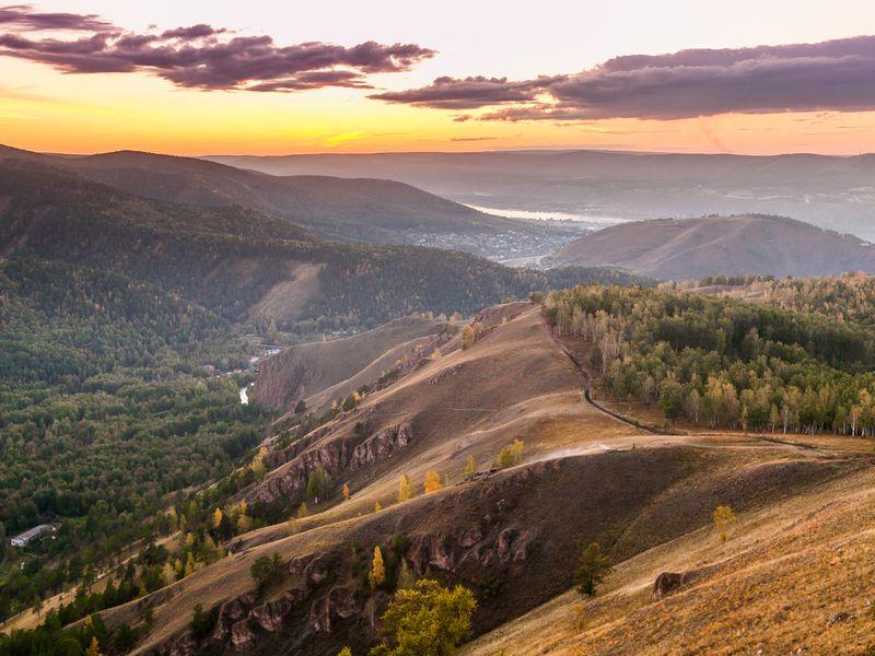 Путешествие поотрогам Саянских гор: Торгашинский хребет - экскурсия в Красноярске