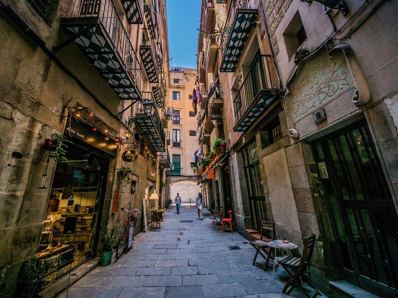 Онлайн-прогулка по Барселоне: Готический квартал, Эль Раваль и Ла Рамбла - экскурсия в Барселоне