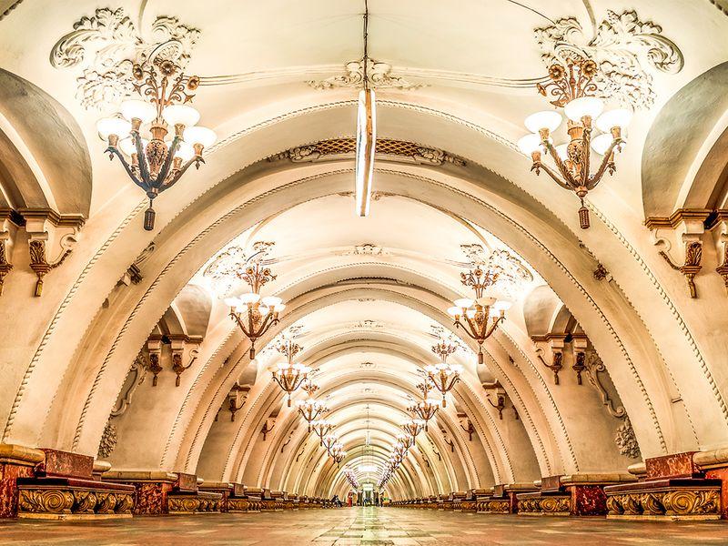 Московское метро: город под городом - экскурсия в Москве