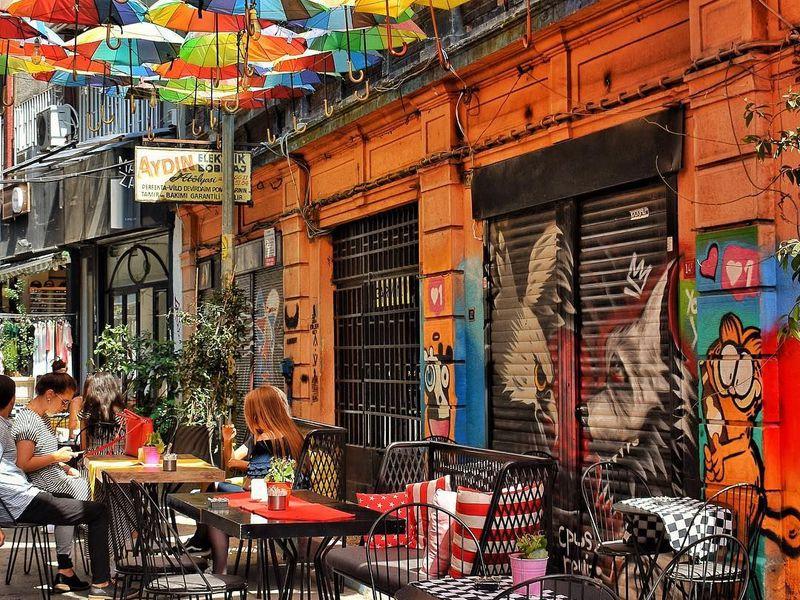 Контрастный Стамбул, или Бейоглу вдеталях - экскурсия в Стамбуле