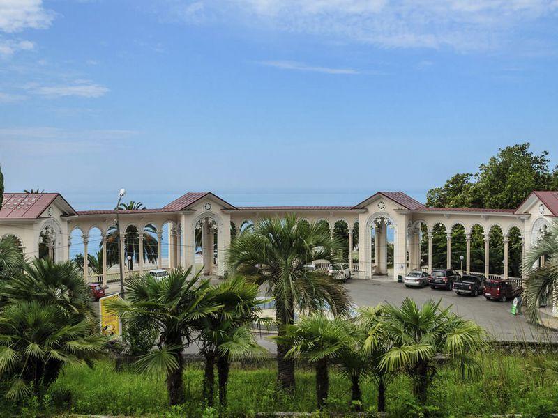 В Абхазию из Адлера: Новый Афон и Гагра - экскурсия в Адлере
