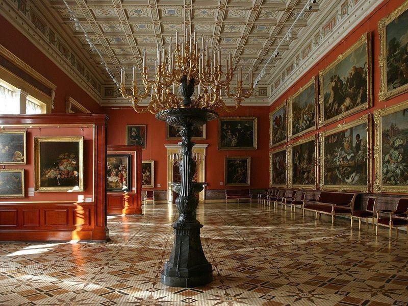 Залы Эрмитажа - экскурсия в Санкт-Петербурге