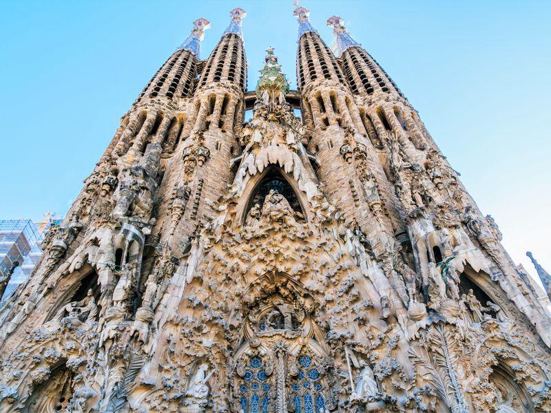 Онлайн-экскурсия «Саграда Фамилия — самый необычный храм на свете» - экскурсия в Барселоне