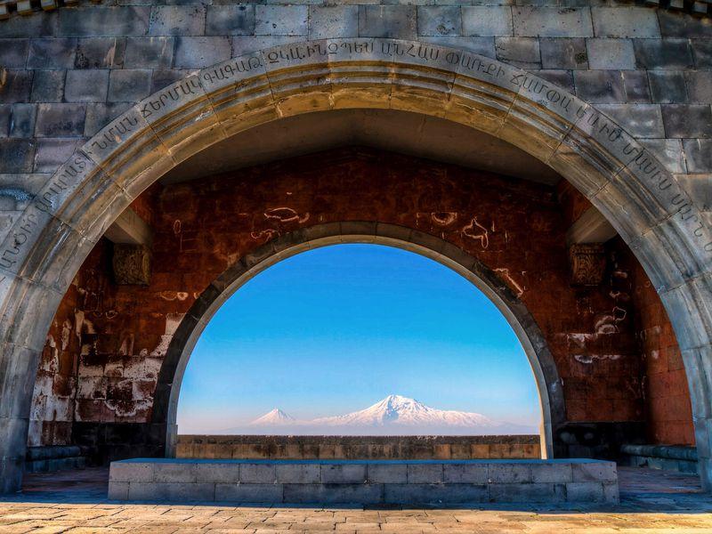 Армянское море и древние монастыри - экскурсия в Ереване
