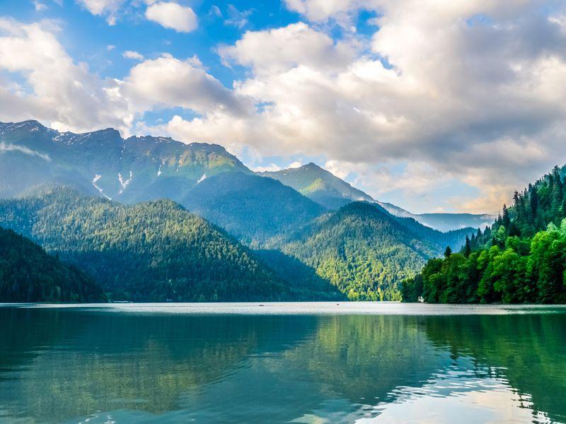 Душевное путешествие в Абхазию - экскурсия в Адлере