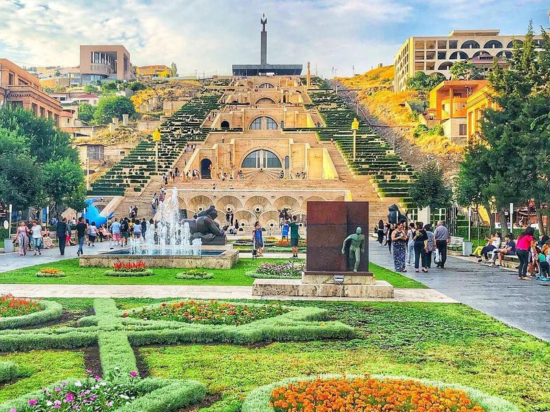 Омноголиком Ереване— слюбовью! - экскурсия в Ереване