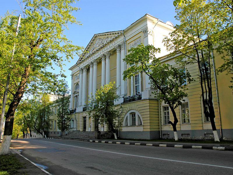 Лефортово — уникальный район и живописный парк - экскурсия в Москве