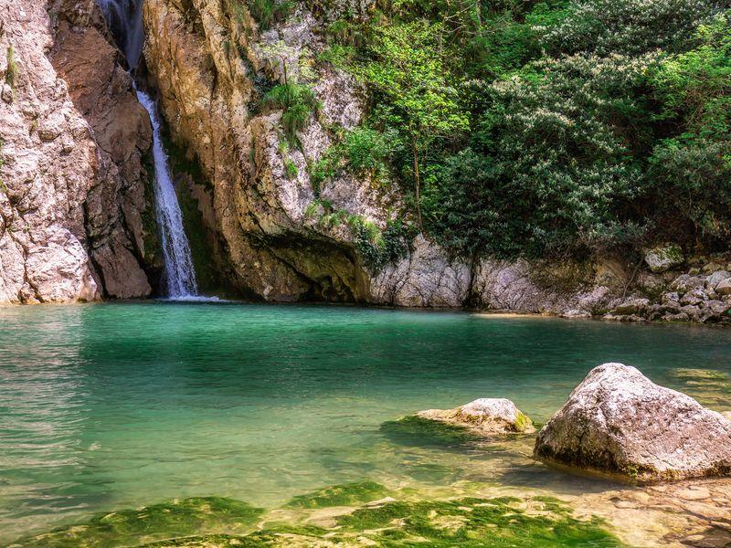 Водопады, реки иисточники— джип-тур поокрестностям Сочи - экскурсия в Сочи