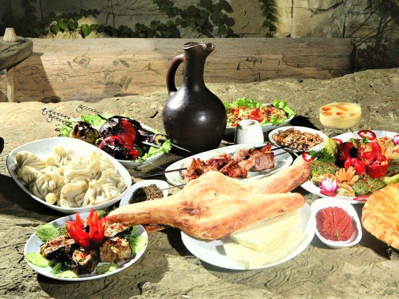 Гастро-тур по Кахетии с шеф-поваром или сомелье - экскурсия в Тбилиси