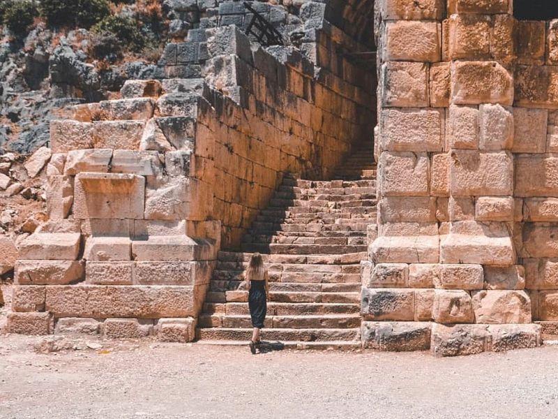 ИзАнталии— поместам античной Ликии. Демре-Мира-Кекова - экскурсия в Анталии