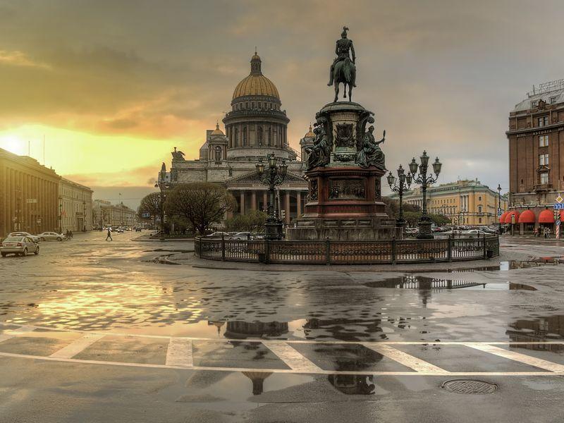 Трансфер из Пулково и экскурсия поmust-see-местам Петербурга - экскурсия в Санкт-Петербурге