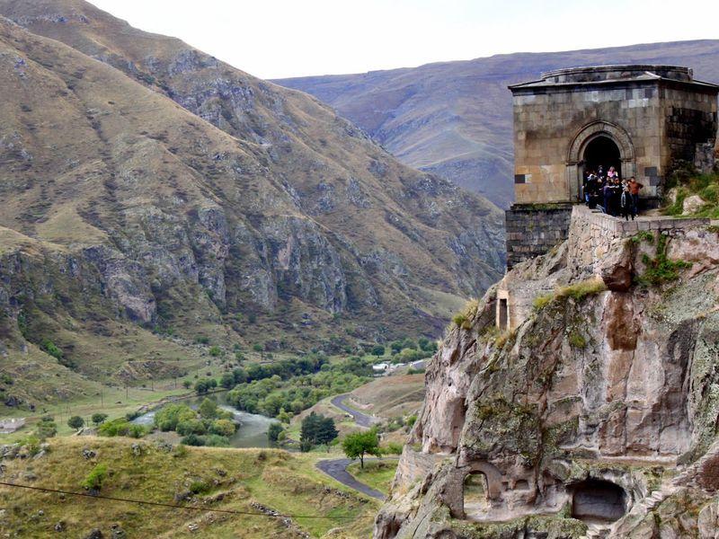 Вардзия: приключение в духе Индианы Джонса! - экскурсия в Тбилиси