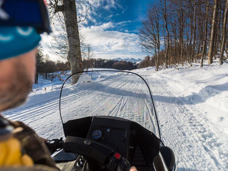 Снегоходное приключение в Красной Поляне - экскурсия в Сочи