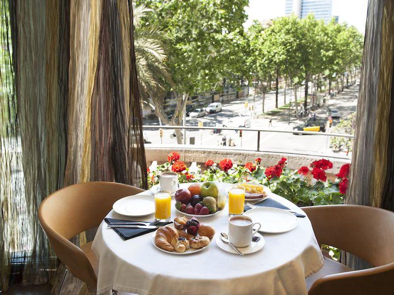 ОБарселоне зазавтраком - экскурсия в Барселоне