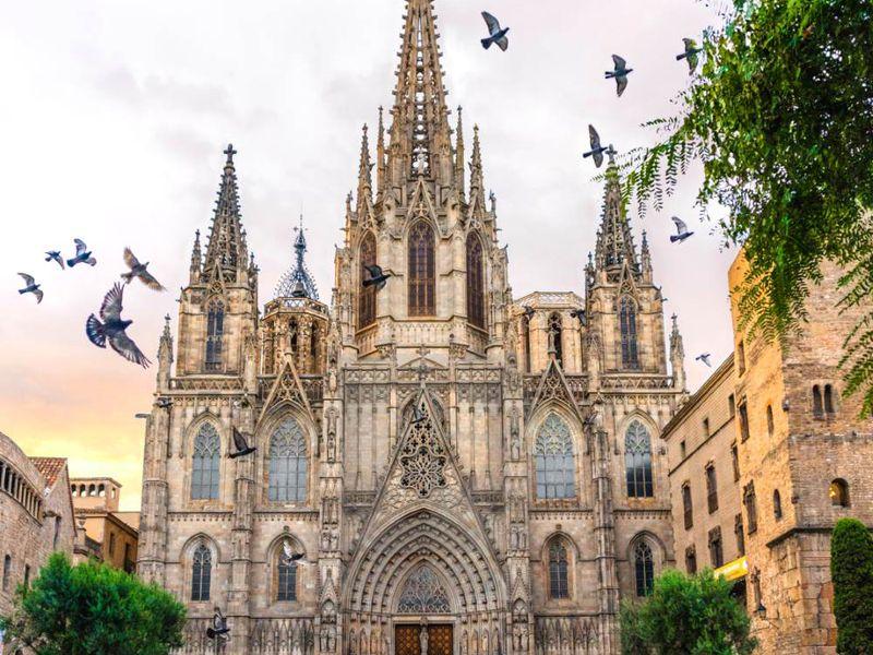 Легенды и повести Кафедрального собора Барселоны - экскурсия в Барселоне