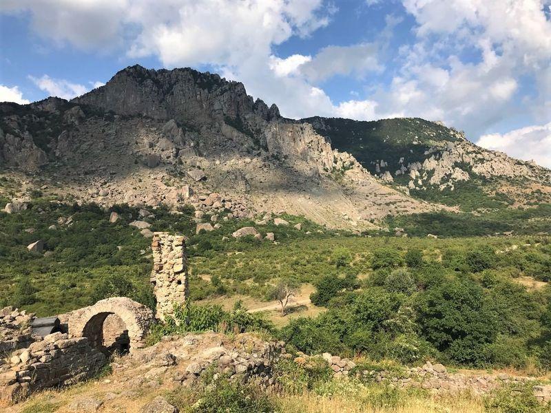 Демерджи. Загадки «Долины Привидений» - экскурсия в Алуште