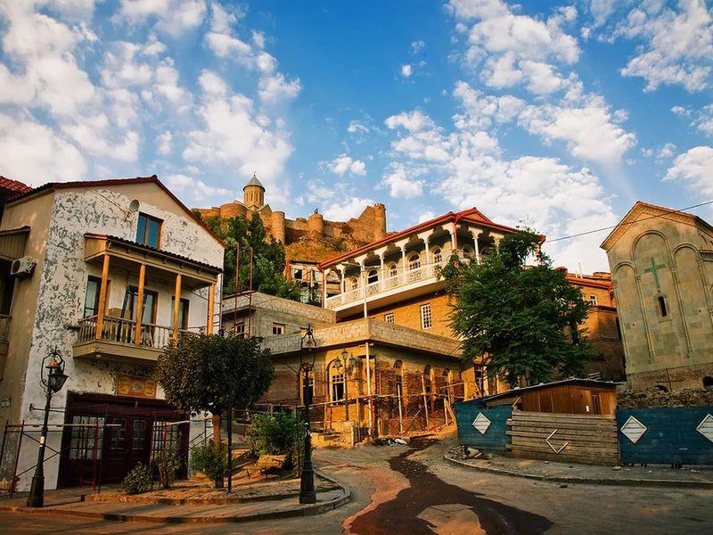 Тифлисский Ренессанс 19века— Сололаки иМтацминда - экскурсия в Тбилиси