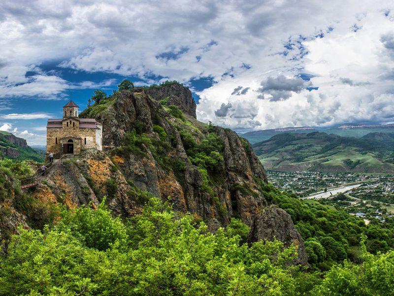 Перевал Гум-Баши и гора Шоана: дорога к сердцу Кавказа - экскурсия в Пятигорске