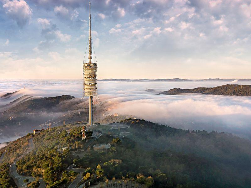 Экскурсия на телебашню Кольсерола и Тибидабо: Барселона свысока - экскурсия в Барселоне
