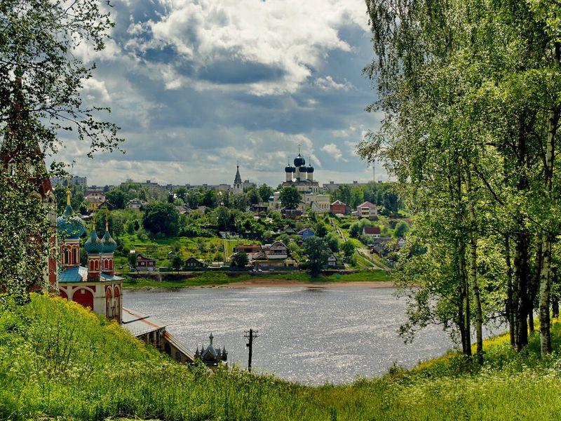 Из Ярославля в уютный и старинный Тутаев - экскурсия в Ярославле