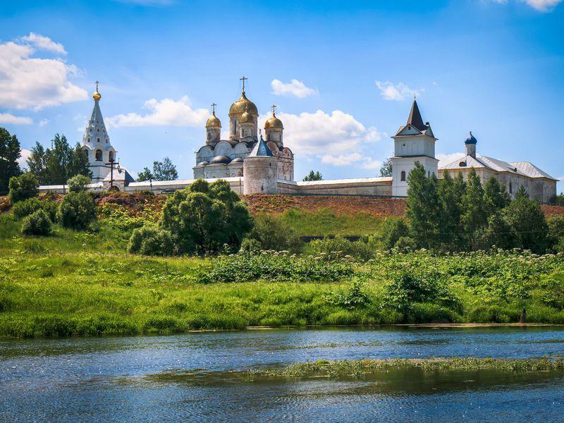 Можайск: святыни, символы исекреты - экскурсия в Москве