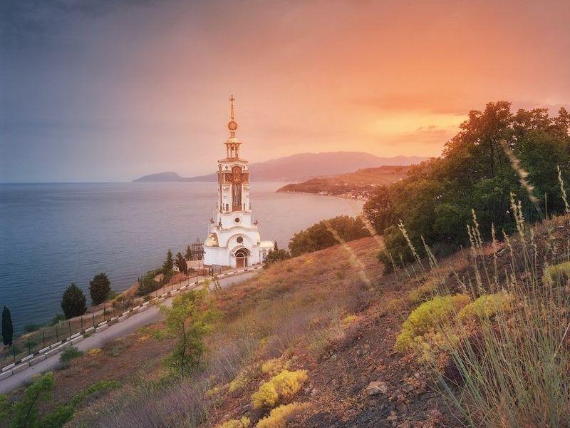 Экскурсия+трекинг: Сырные скалы, водопад Джур-Джур и храм-маяк - экскурсия в Симферополе