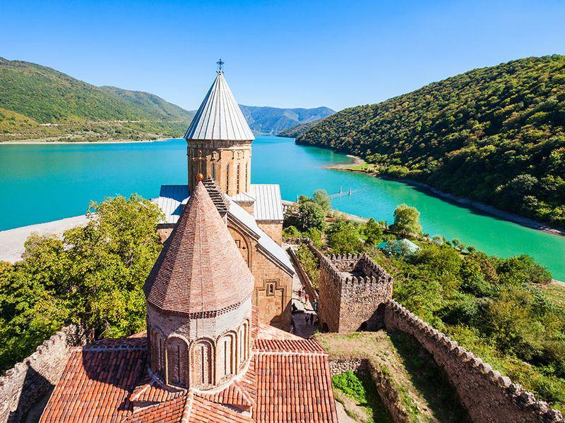 Экскурсия в Мцхету и к легендарному Казбеку - экскурсия в Тбилиси