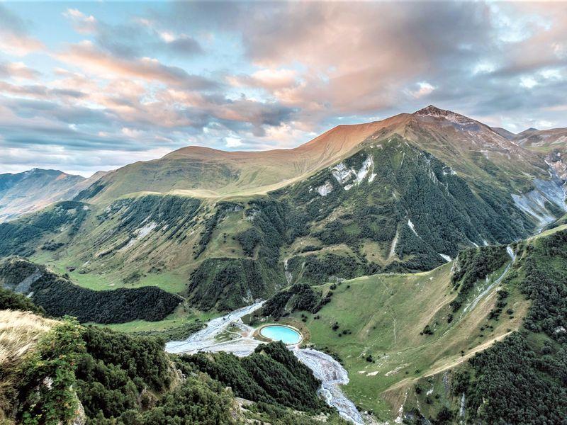 Казбек: путешествие в сердце Кавказских гор - экскурсия в Тбилиси