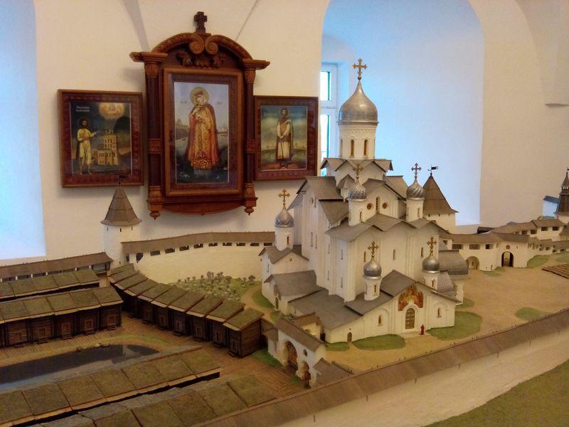 Первое знакомство с Псковским Кремлем - экскурсия в Пскове
