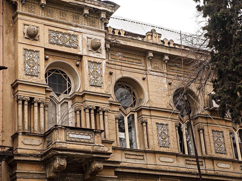 Промчаться постарому Тифлису наэлектрическом коне - экскурсия в Тбилиси