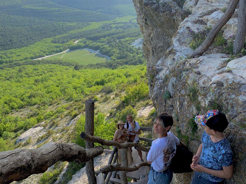 Мир княжества Феодоро: пещерный монастырь икрепость Эски-Кермен - экскурсия в Севастополе