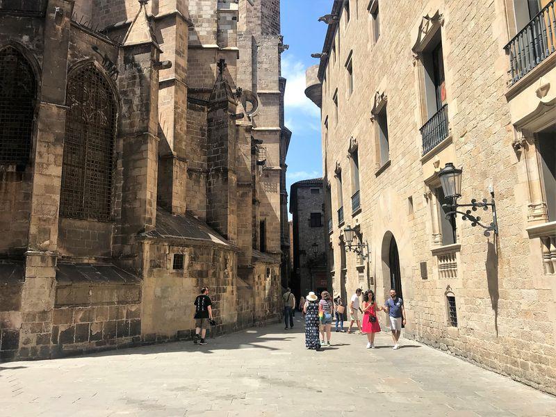 Мистика иочарование Готического квартала - экскурсия в Барселоне