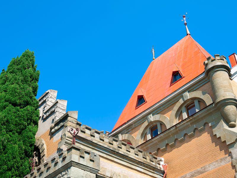 Дворец княгини Гагариной и его живописные окрестности - экскурсия в Алуште